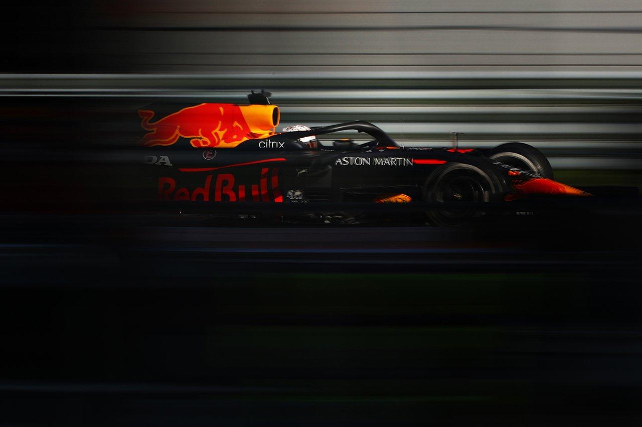 レッドブルF1、ポルシェとF1エンジン供給のための交渉と報道[F1-Gate.com]