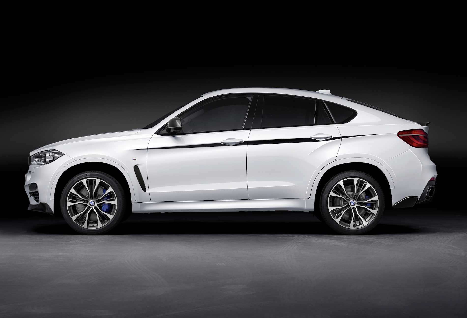 New Bmw M Performance Parts For The Bmw X6 F16