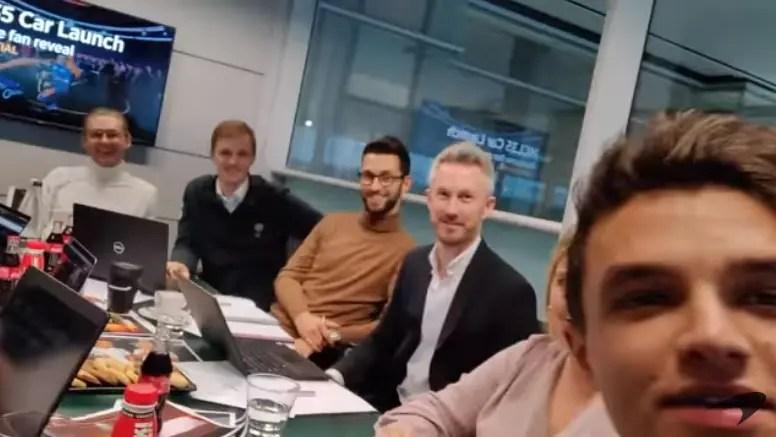 Lando Norris dévoile en live la date de présentation de la McLaren