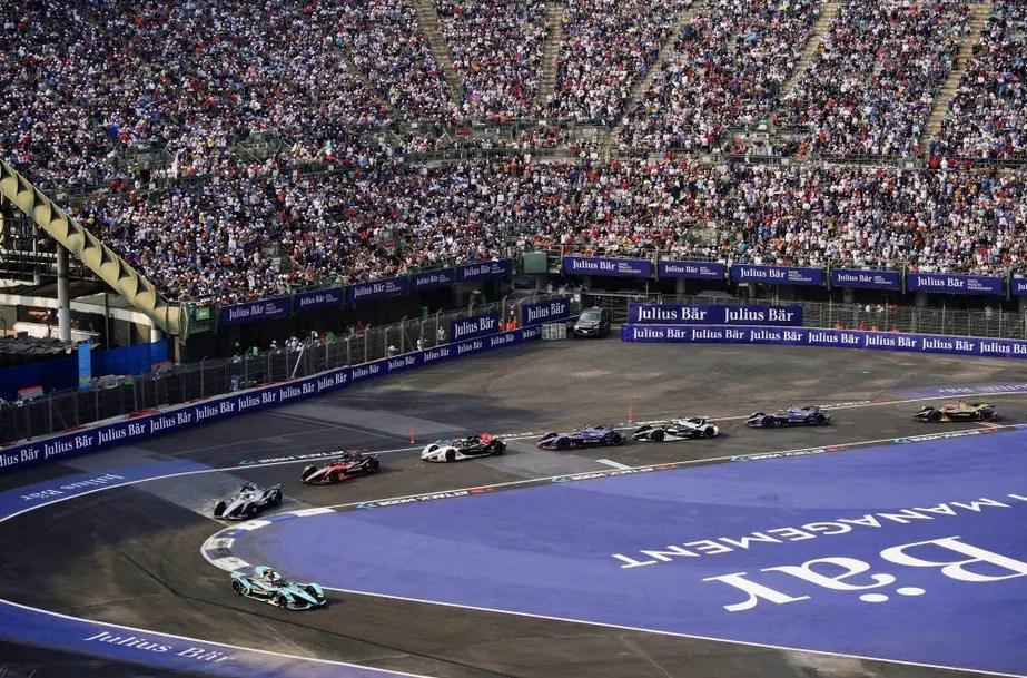Sortie de piste pour Stoffel Vandoorne à l'ePrix de Mexico — Formule E