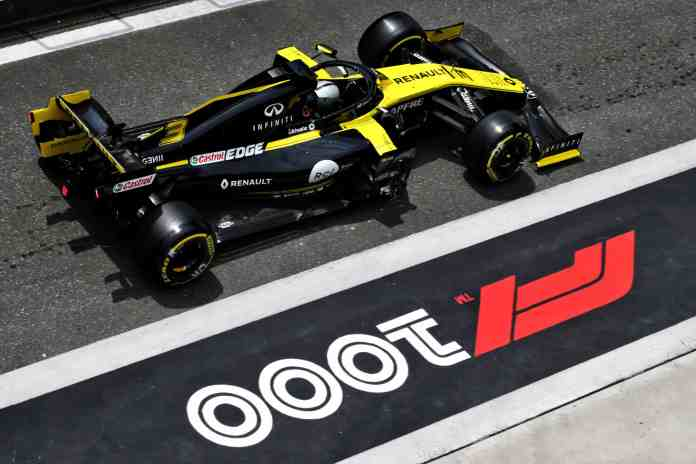 f1chronicle-2019 Chinese Grand Prix - Qualifying - Daniel Ricciardo