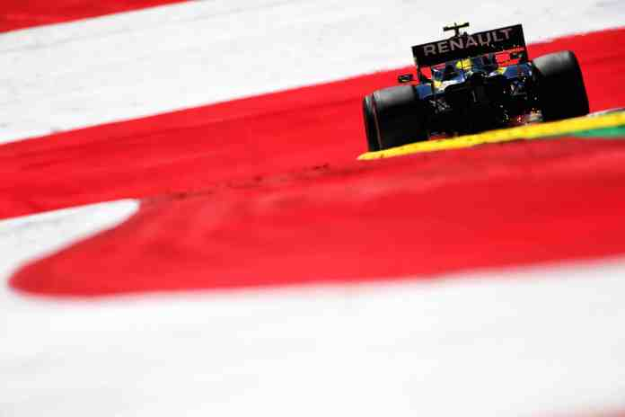 Nico Hulkenberg (GER) Renault F1 Team RS19. Austrian Grand Prix, Friday 28th June 2019. Spielberg, Austria.