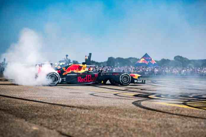 f1chronicle-2019 Red Bull Race Day - Sebastien Buemi in the RB8