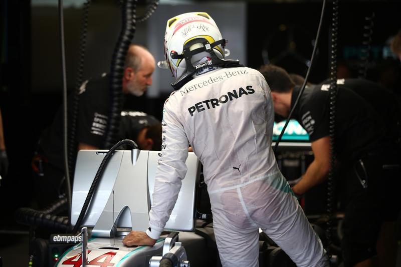 """Lewis Hamilton: """"Il mio obiettivo è la pole position"""""""
