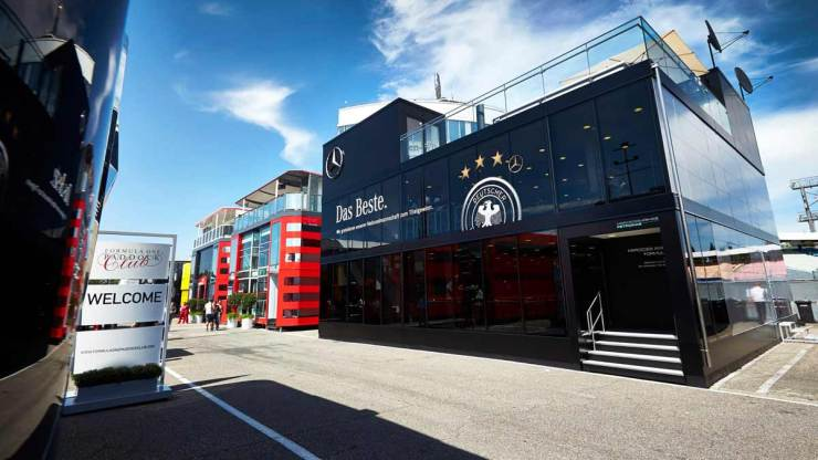 FORMULA 1 : THE PALATIAL MOTORHOMES COULD BE BANNED