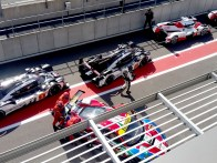 The cars waiting for the lights to go green for the LMP1 qualifying.