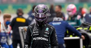 Button thinks Hamilton suffered from lack of information