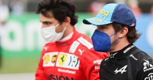 Sainz wants to fight Alonso for 'podiums and wins in 2022'