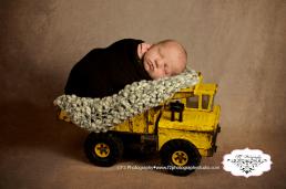 Colton Newborn May 2016 082