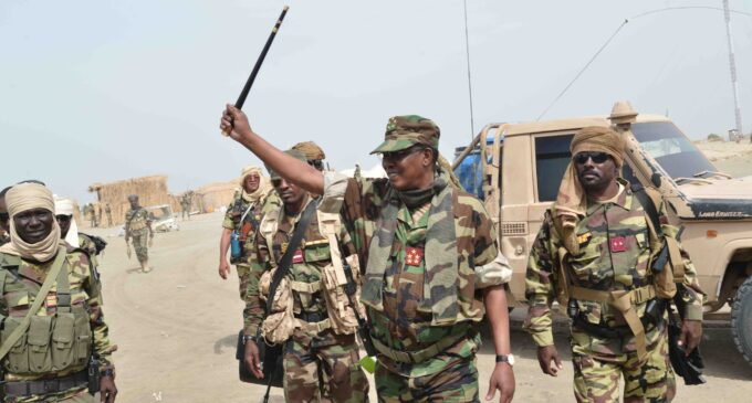 Chadian president killed in fight with rebels