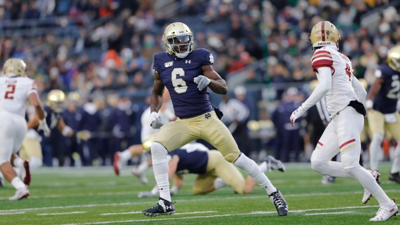 Notre Dame LB Jeremiah Owusu-Koramoah Focused on Team Chemistry | Irish  Sports Daily