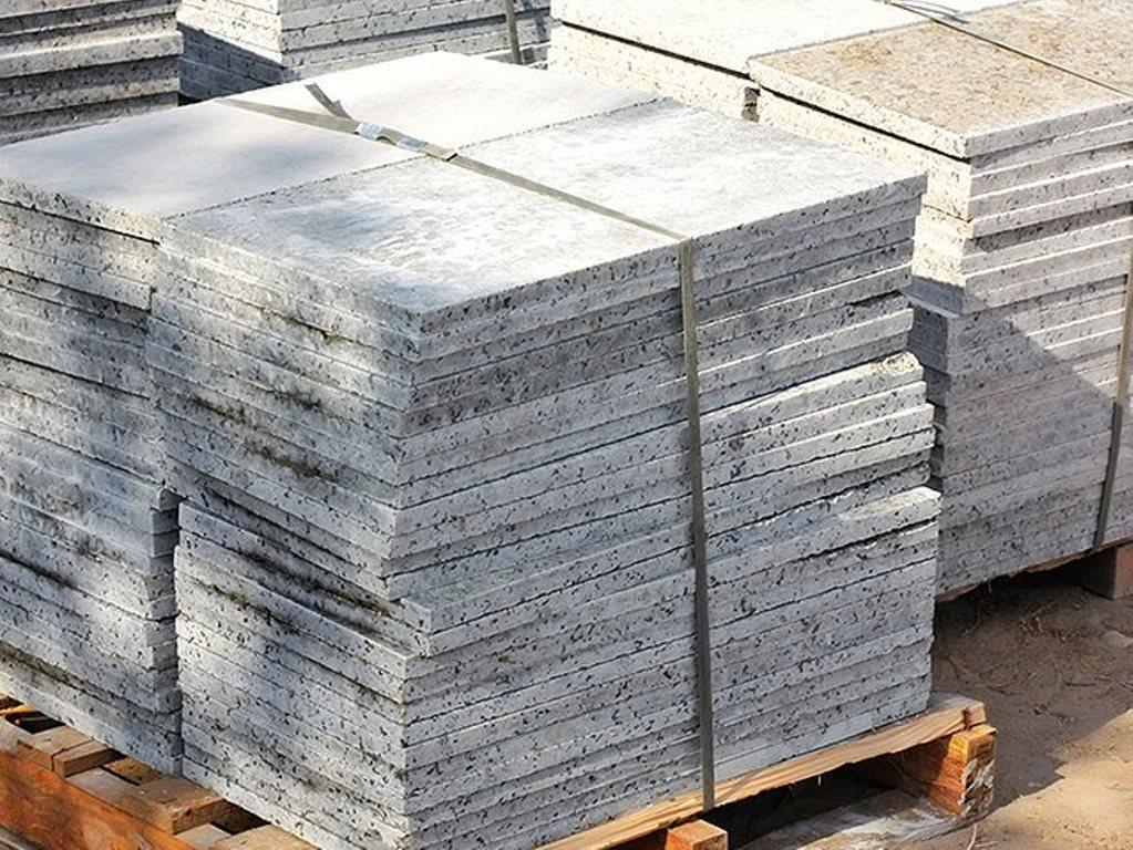 the weight of 1 m of ceramic tiles