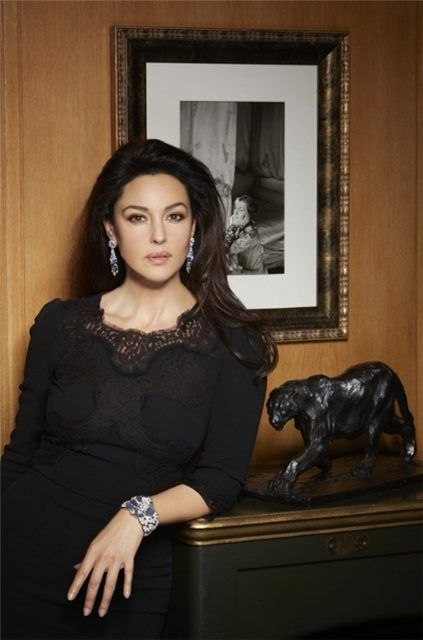 Monica Bellucci Poses For Cartier Jewelry Fab Fashion Fix