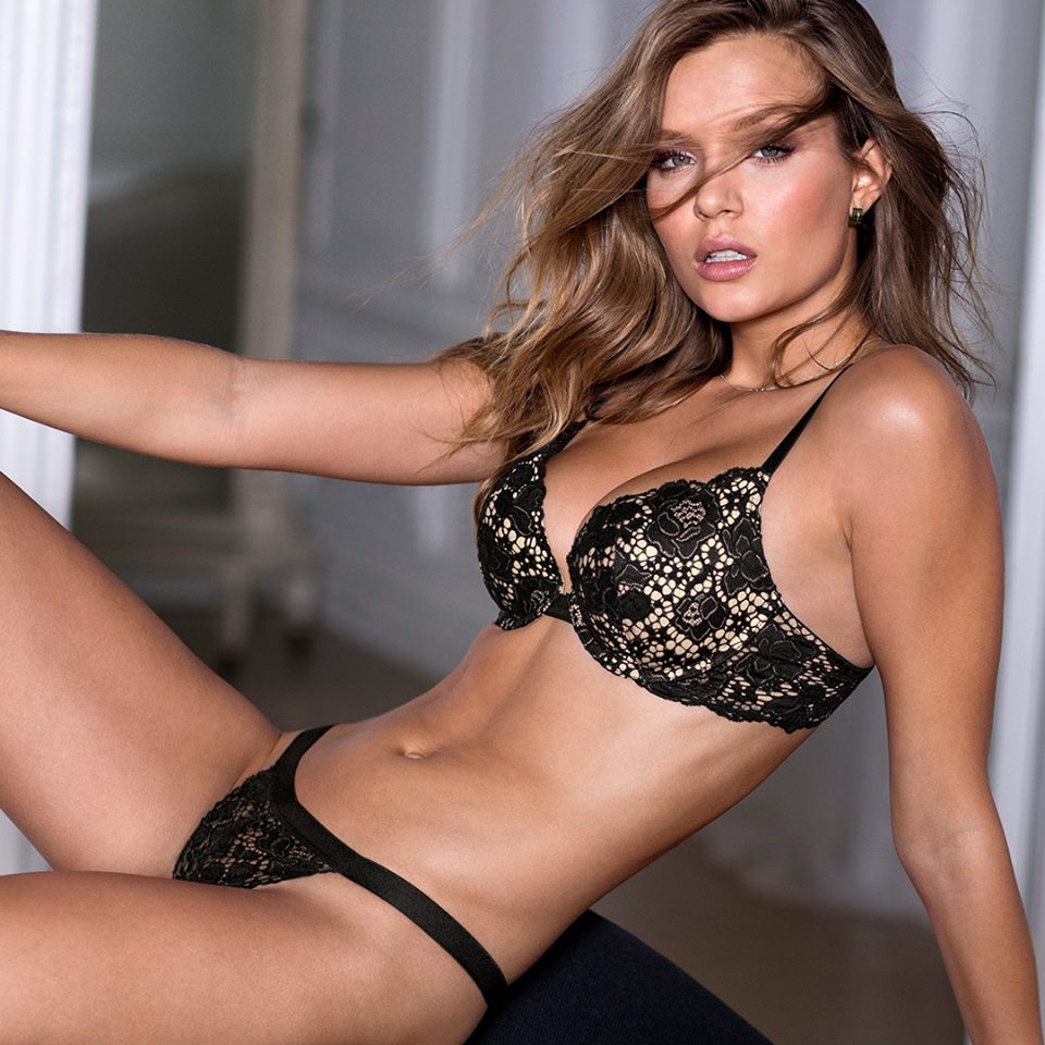 Victorias Secret Angels Sizzle In Valentines Day 2017