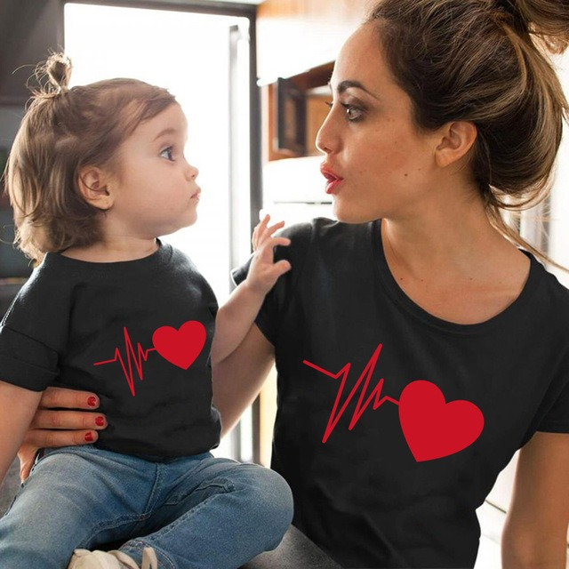 Mom and Daughter Heart Line Matching Tee