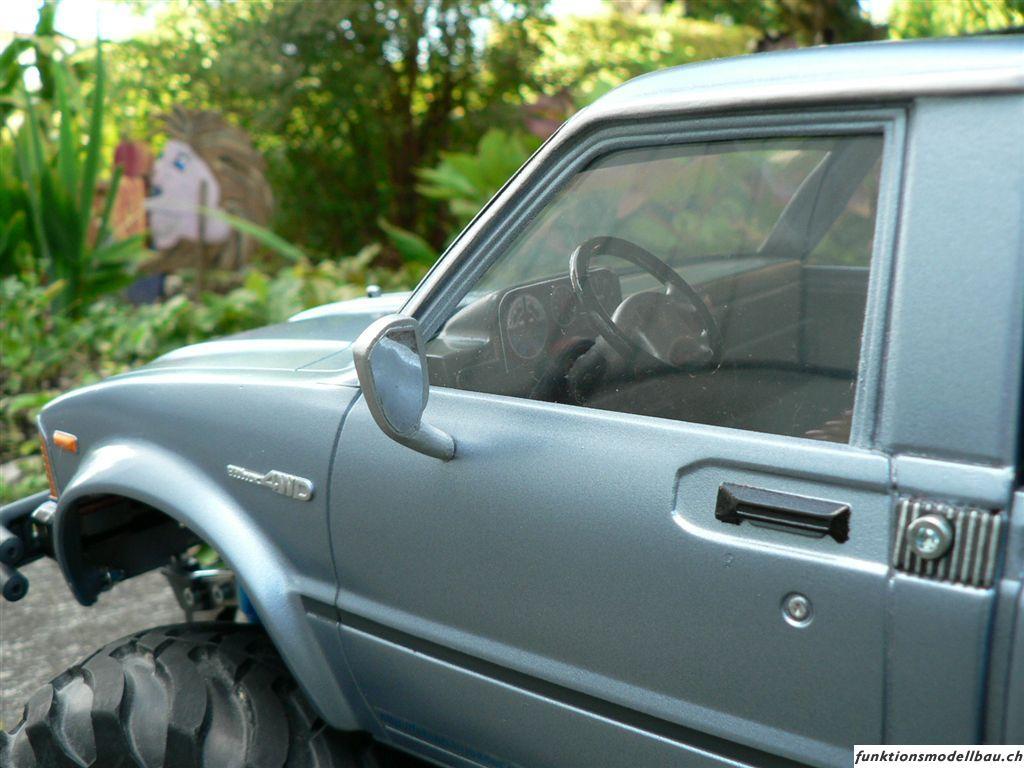 Tamiya Toyota PickUp 4x4 BRUISER