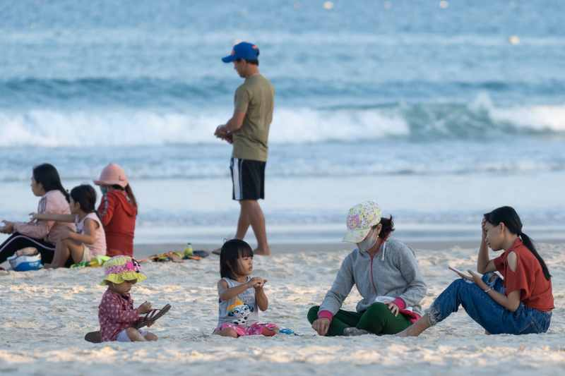 vietnamese family at beach