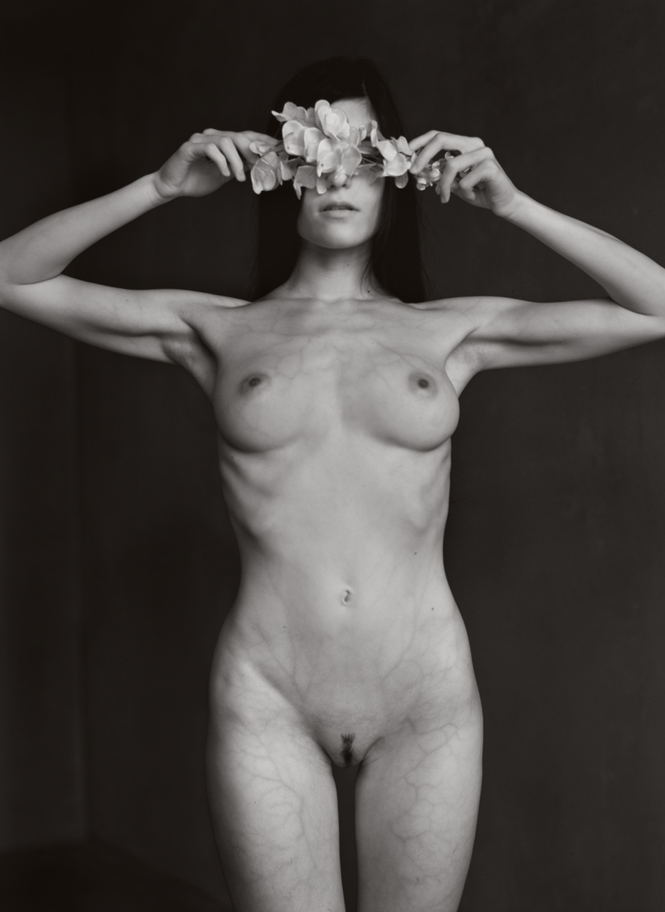 Infrared art nude female body photography by Fabien Queloz, ElleStudio Switzerland