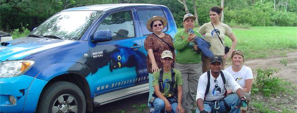 Equipe de coleta de material e marcação dos filhote.Dra.Tânia, Neiva, Mariângela, Grace, Cézar e Márcia.