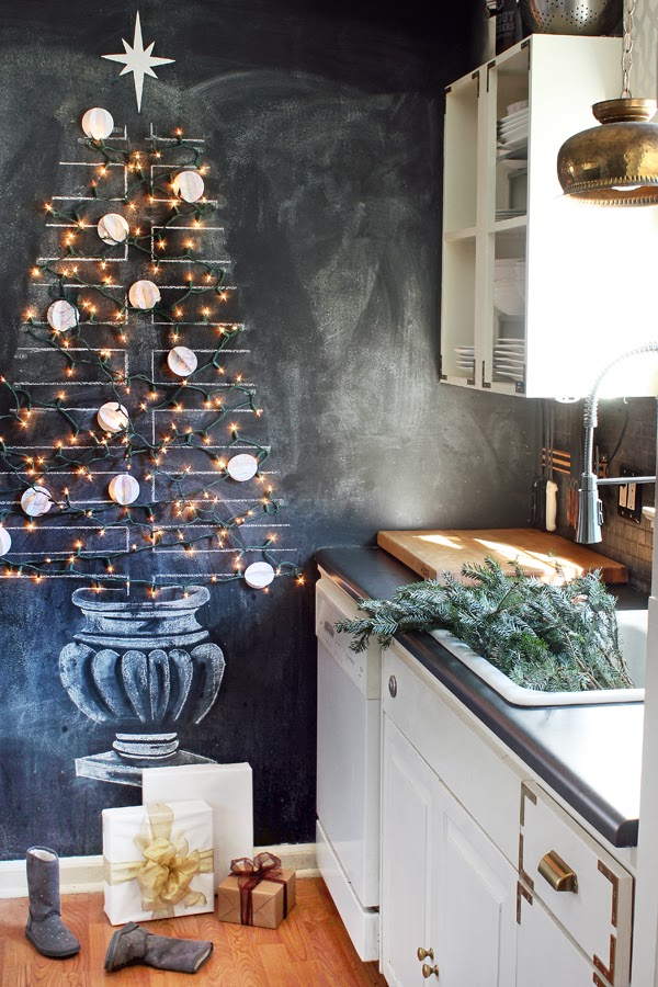 Hunted Interior - Chalkboard Christmas Tree