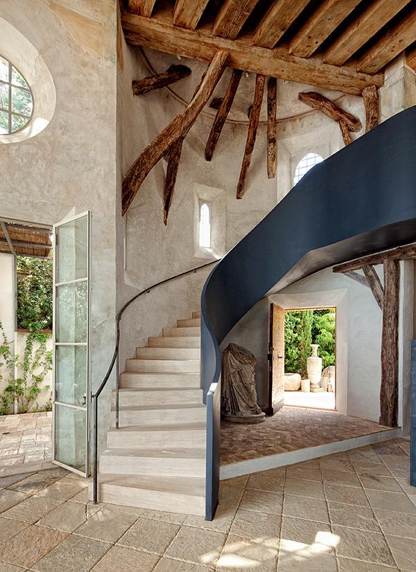 A casa dos sonhos de um designer e antiquário em Malibu