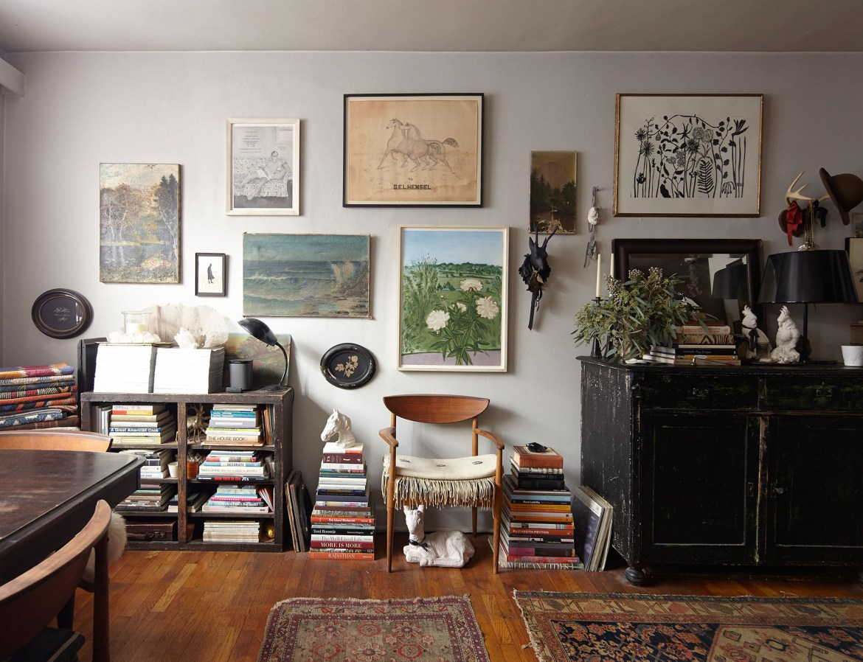 Quebrando as regras de decoração de um apartamento pequeno