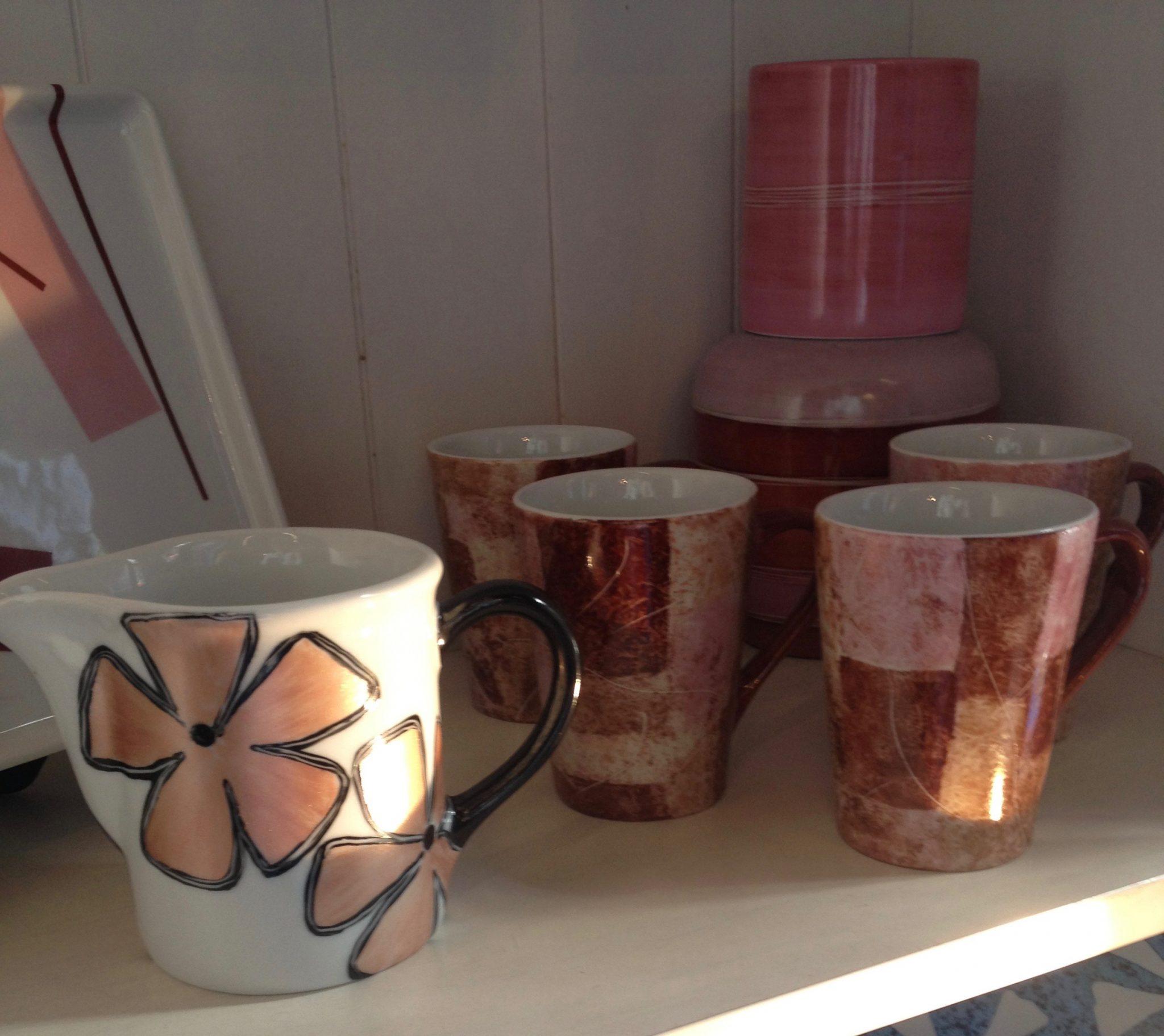 cerâmica pintada à mão