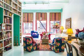 Mulher de 60 e seu apartamento inspirador