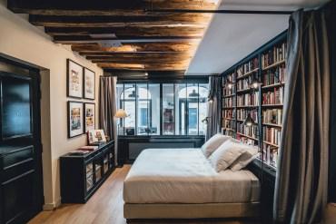 HOTEL EM PARIS: Dormir em uma livraria ou em uma mercearia?
