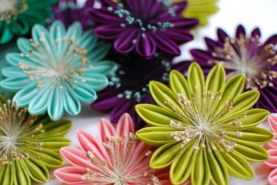 As flores de seda de Karuna Balloo