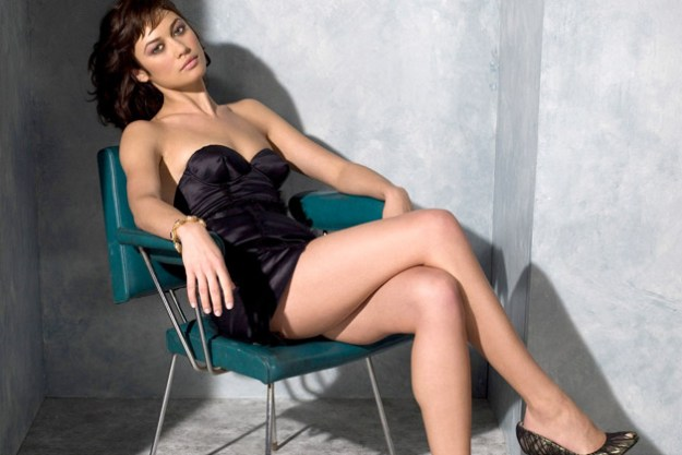 Olga Kurylenko as Julia