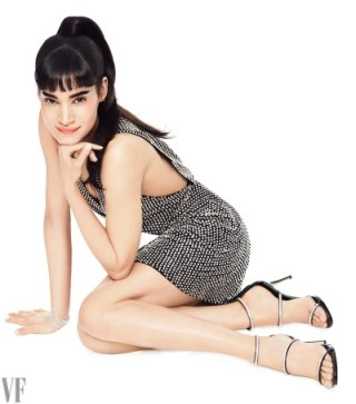Sofia Boutella as Gazelle