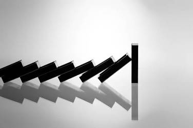 A row of falling dominoes