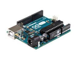 A000066-Arduino-Uno-TH-2tri
