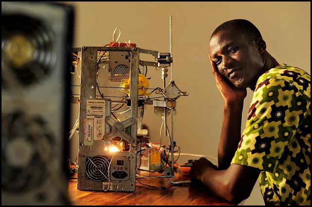W.Afate 1ère imprimante 3D open,-source 100% recyclage