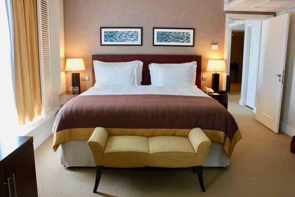 Corinthia Hotel Lisbon: Room tour of the grand Ambassador Suite