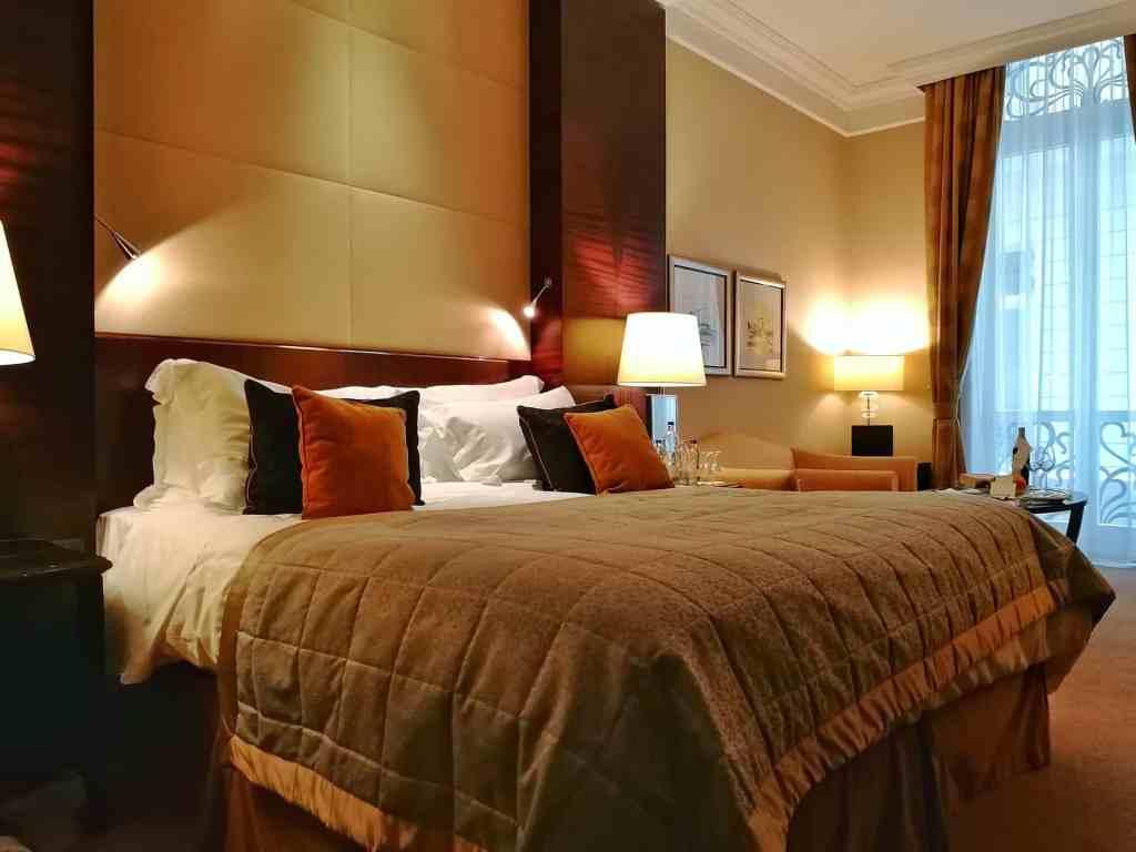 Executive room tour at Corinthia Hotel Budapest (Video)