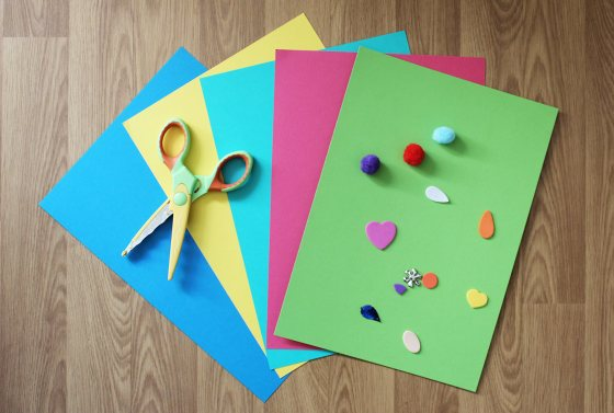 kids-birthday-party-hat-invites
