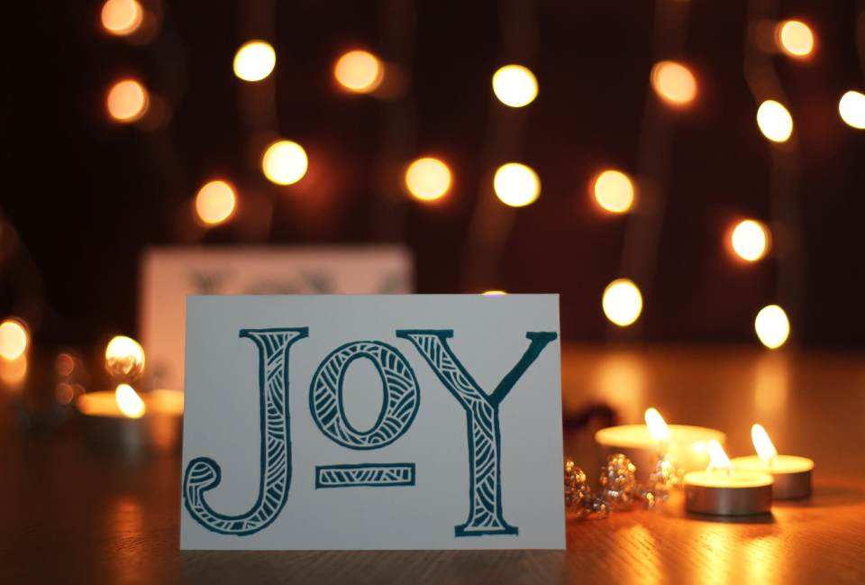 lino-cut-christmas-card-joy-11