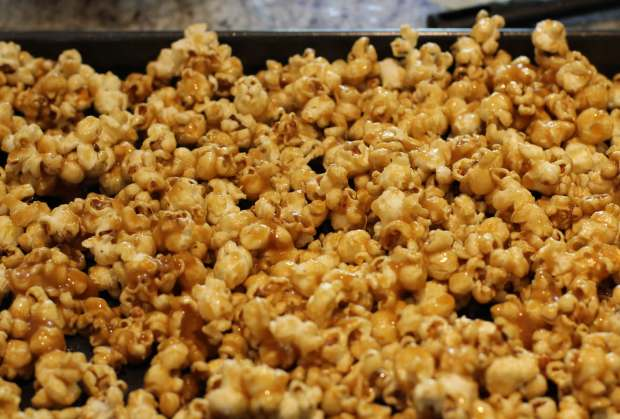 toffee-popcorn-recipe-home-cinema-1