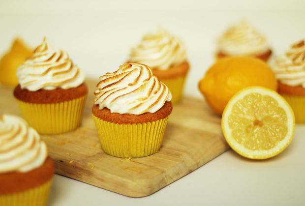 lemon-meringue-cupcake-recipe-7
