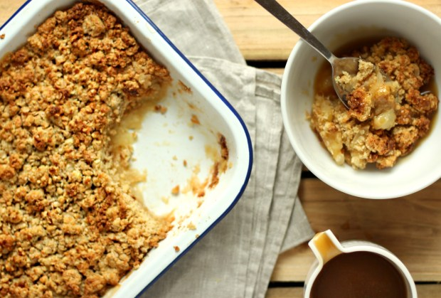 apple-salted-caramel-crumble-recipe-6