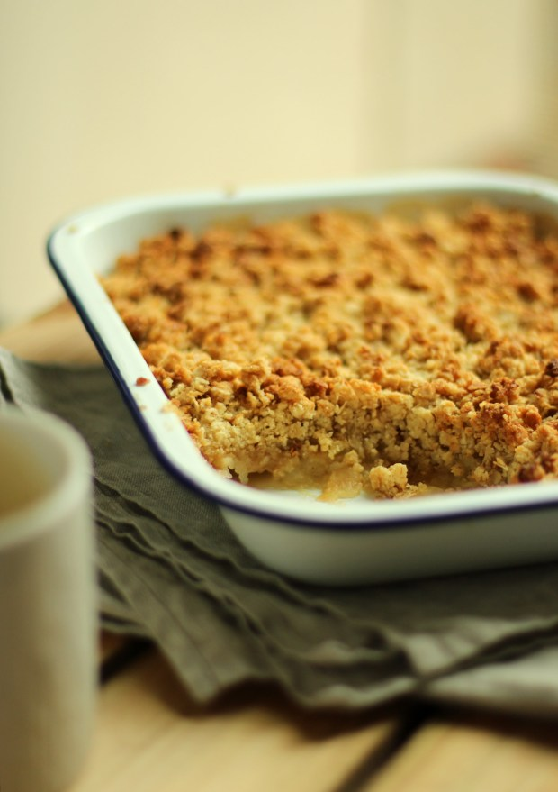 apple-salted-caramel-crumble-recipe-7