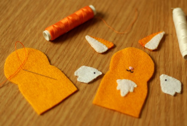 how-to-make-finger-puppets-05