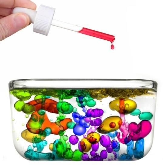 Experiment stiintific cu ulei, apa si colorant alimentar