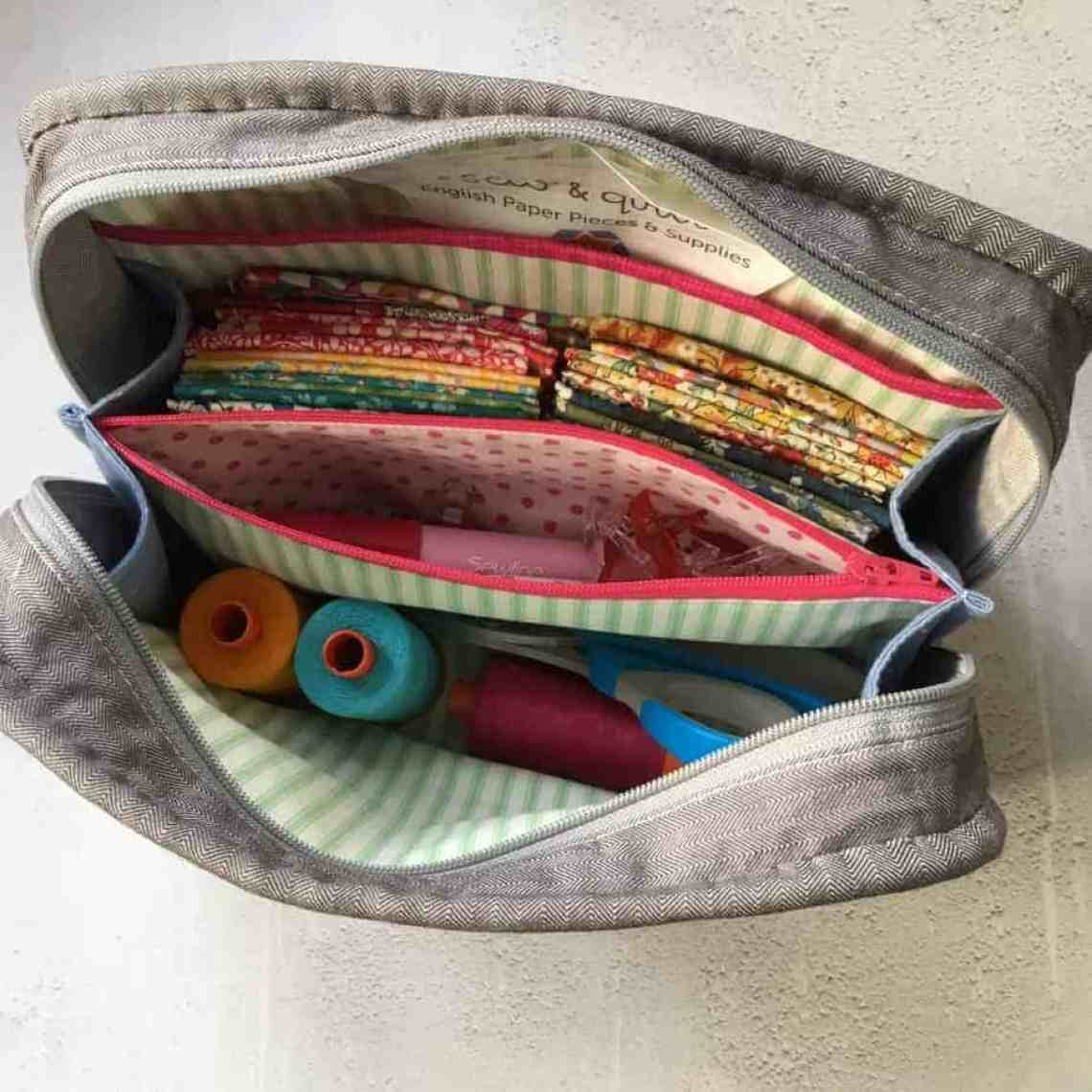 PDF Sewing Pattern - the (Not So) Little Zippy Pouch. A great project bag, make-up or toiletries bag. Pattern by fabricandflowers | Sonia Spence