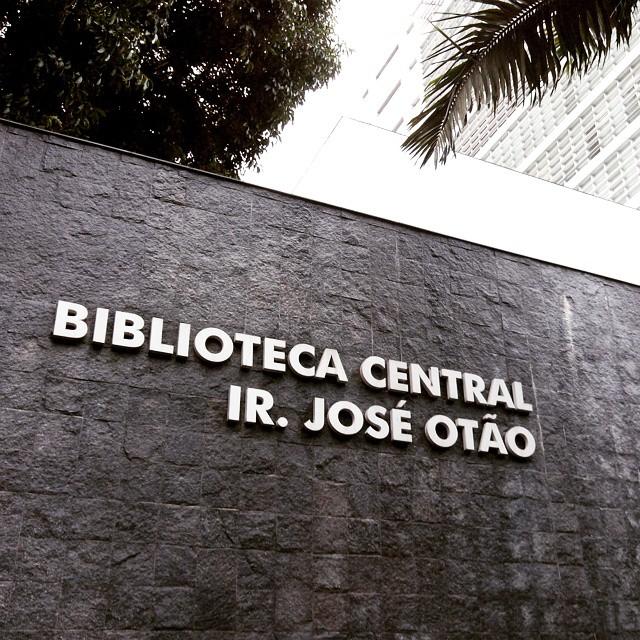 Catalogação com o RDA: relato de experiência da Biblioteca Central da PUCRS