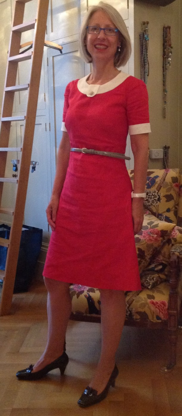 Kate Davies wearing Style 4666 in red linen with white collar and cuffs