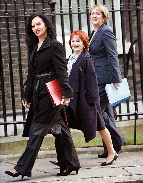 Smith, Blears and Flint walk to a Brown cabinet meeting