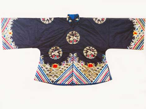Traditional Chinese T shaped garment